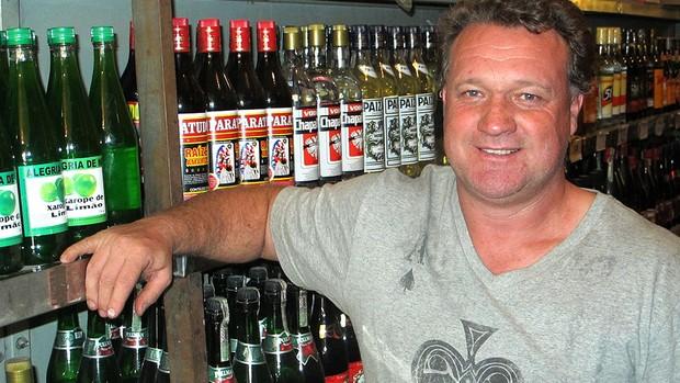 Negrini ex-jogador do Atlético-MG loja (Foto: Alexandre Alliatti)