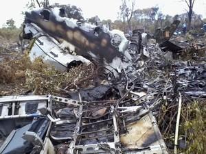 Queda de avião mata 33 na Namíbia (Foto: NAMPA, Olavi Haikera/AP)