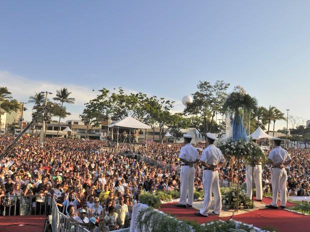 Mais de 200 mil lotam encerramento da Festa da Penha, no Espírito Santo (Foto: Marcelo Prest/ A Gazeta)