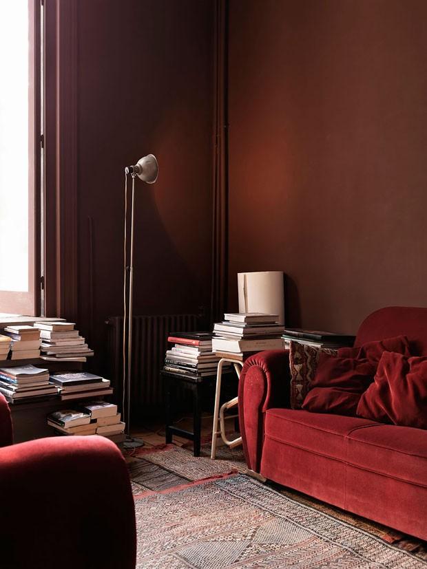 Décor do dia: sala de estar totalmente vermelha (Foto: Reprodução)