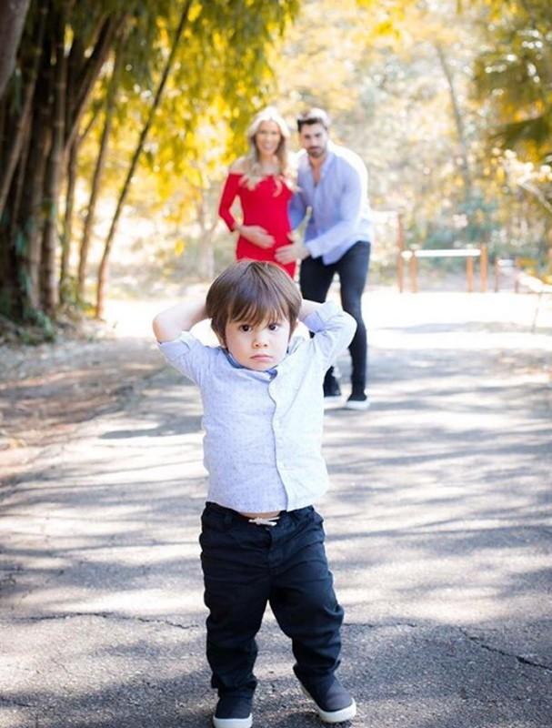 Adriana e Rodrigão com seus filhos (Foto: Instagram/Reprodução)