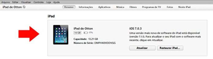 Espere o iTunes reconhecer seu dispositivo (Foto: Reprodução/Otton Moura)