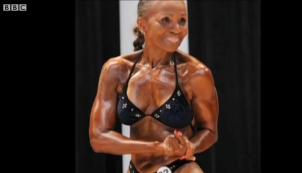 A fisiculturista Ernestine Sheperd (Foto: BBC)