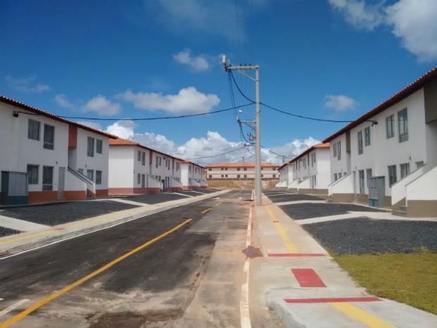 Cerimôna marcou entraga de 3,5 mil casas em Camaçari, Juazeiro e Simões Filho (Foto: Maiana Belo/G1)