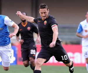 Totti, Verona x Roma (Foto: Mario Carlini / Getty Images)