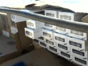 Cigarros seriam entregues em Minas Gerais (Foto: Reprodução / TV TEM)