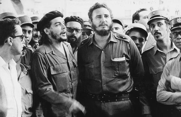 Che Guevara e Fidel Castro, líderes da revolução cubana (Foto: Reprodução)