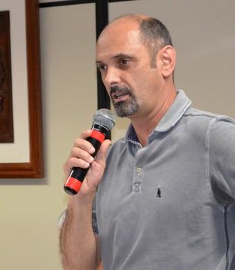 O diretor do São José Basquete, Luís Inácio Messias (Foto: Danilo Sardinha/Globoesporte.com)