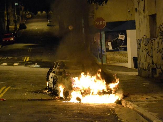 Jovem com cerca de 20 anos morre em troca de tiros com policiais em São Paulo (Foto: Edu Silva/ Estadão Conteúdo)