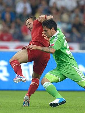 Fagner, Bayern x Wolfsburg (Foto: Divulgação / site oficial do Wolfsburg)