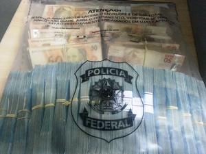 Dinheiro apreendido em Sinop, no Mato Grosso, durante a operação Veraneio  (Foto: PF/Divulgação)
