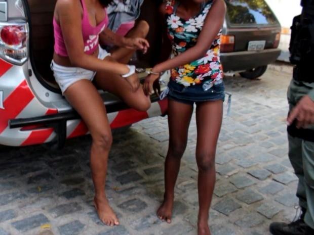Uma das adolescentes assumiu o crime, segundo a polícia (Foto: TV Verdes Mares/Reprodução)