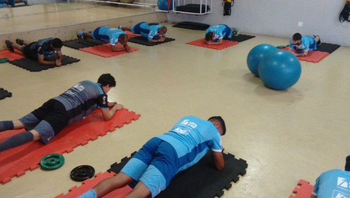 São Bento se reapresenta e faz trabalho na academia (Foto: Guilherme Giavoni)