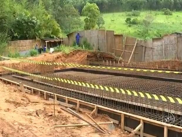 Chuvas atrasam obras de ampliação para captação de água em Itu (Foto: Reprodução/ TV TEM)