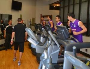 Zamora-VEN faz treino na academia em Belo Horizonte (Foto: Reprodução / Facebook)