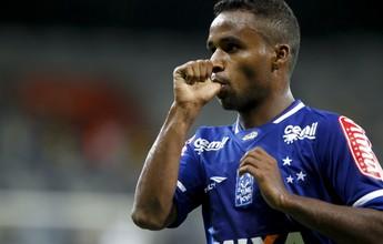 Treinos pela manhã e pouco sono: os desafios dos novos papais do Cruzeiro