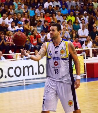 Caio Torres São José Basquete x Paulistano NBB (Foto: Danilo Sardinha/GloboEsporte.com)