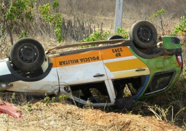 Motorista sofreu apenas escoriações leves e foi levado a hospital (Foto: Diomar Araújo/Arquivo pessoal)