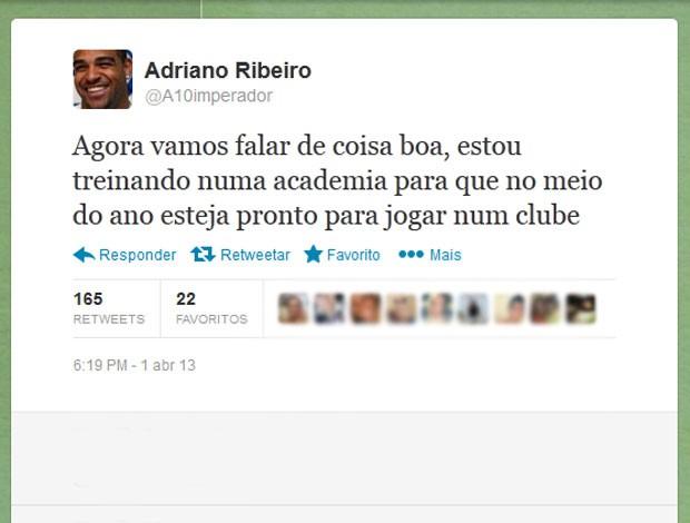 Adriano twitter academia (Foto: Reprodução)