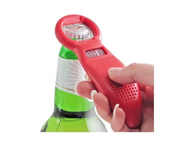 Abridor de garrafas conta quantas vezes foi usado (Foto: Divulgação)