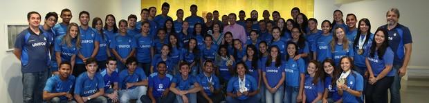 Unifor recebe troféu pelo desempenho no desporto universitário nacional (Unifor recebe troféu pelo desempenho no desporto universitário nacional (Universidade recebe Troféu Eficiência pelo desempenho no desporto universitário nacional (editar título)))