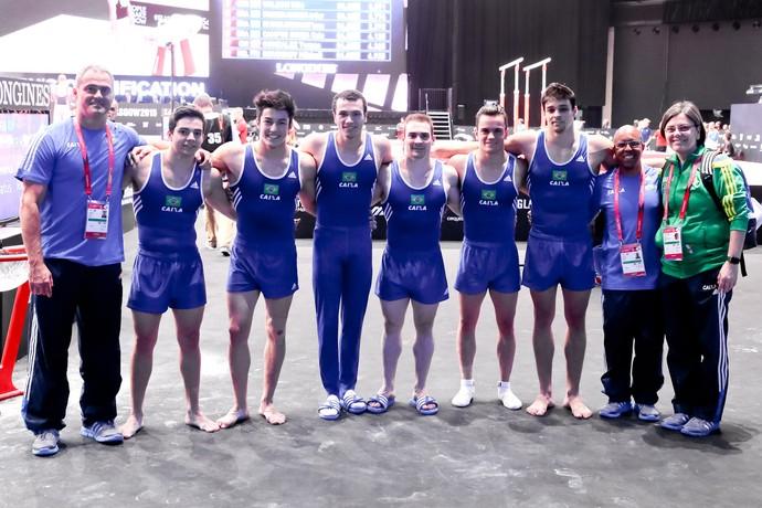 Equipe masculina do Brasil no Mundial de Glasgow (Foto: Ricardo Bufolin/CBG)