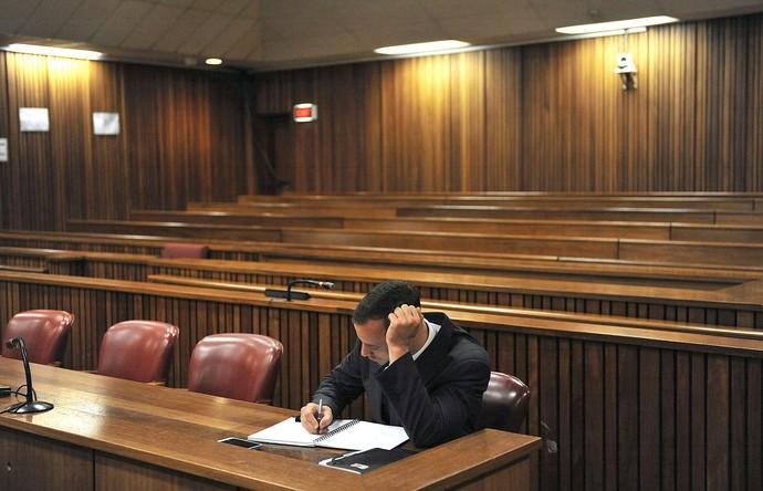 Oscar pistorius julgamento  (Foto: AP)