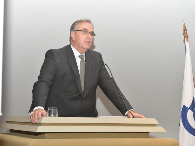 Economista Castello Branco diz que país enfrenta a maior crise da história, espírito santo (Foto: A Gazeta)