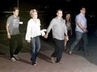 Ana Maria Braga leva o novo namorado para show no Rio