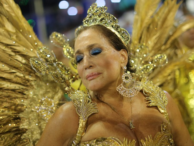 Susana Viera é rainha de bateria da Grande Rio (Foto: Rodrigo Gorosito/G1)