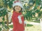 Menino de 14 anos se veste de Papai Noel e distribui doces no Natal em MG