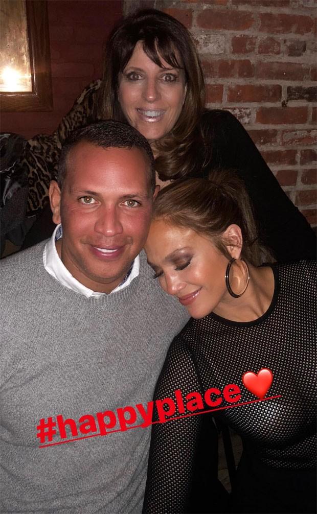 Jennifer Lopez e Alex Rodriguez em aniversário de amiga (Foto: Reprodução/Instagram)