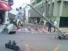 Semáforo cai na área central e deixa rua parcialmente interditada em Tatuí