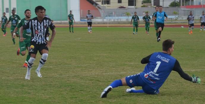 Botafogo-PB, Serrano-PB, Wanderson (Foto: Cisco Nobre / GloboEsporte.com)