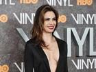 Luciana Gimenez arrasa com decote ousado em première nos EUA