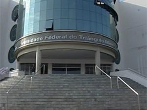 UFTM assina contrato para gestão do Hospital de Clínicas de Uberaba, MG (Foto: Reprodução / TV Integração)