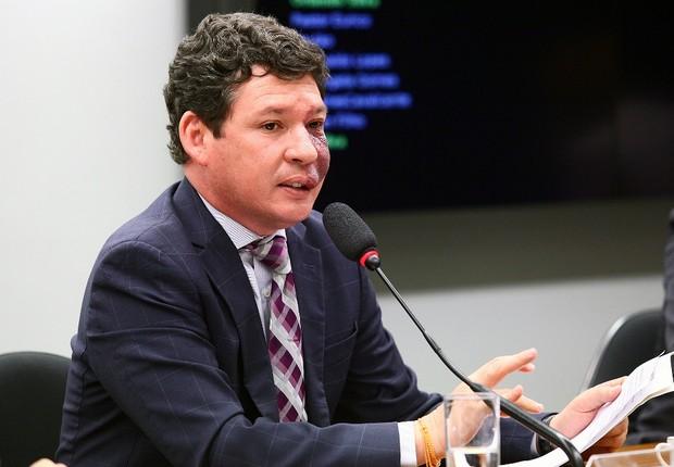 Deputado do PT pede a STF que pedido contra Temer se junte ao de Dilma