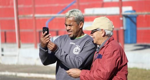 tá com ele (Gabriel Machado/Inter de Lages)