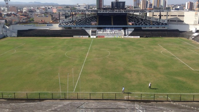 Estádio Lacerdão (Foto: André Ráguine / GloboEsporte.com)