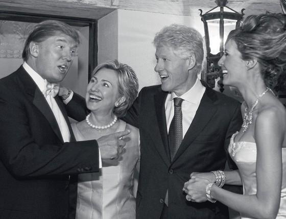 Os Clintons e os Trump em 2005.Agora rivais,eles confraternizaram no casamento de Trump com Melania (Foto:  Maring Photography/Getty Images/Contour by Getty Images)