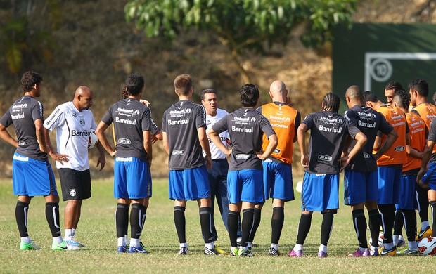 Vanderlei Luxemburgo treina o Grêmio na Venezuela (Foto: Lucas Uebel / Grêmio, DVG)
