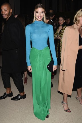 Martha Hunt em prêmio de moda em Nova York, nos Estados Unidos (Foto: Nicholas Hunt/ Getty Images/ AFP)