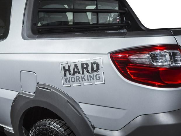 Fiat Strada série Hard Working (Foto: Divulgação)