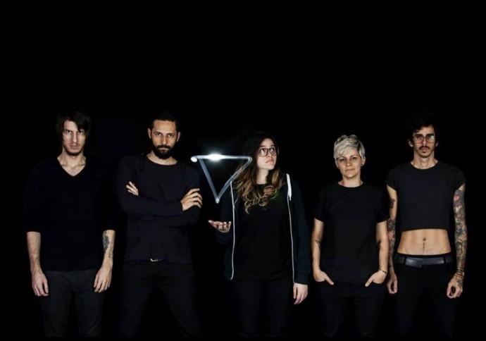 A banda Far From Alaska, selecionada por Vitória Di Santi (Foto: Divulgação)