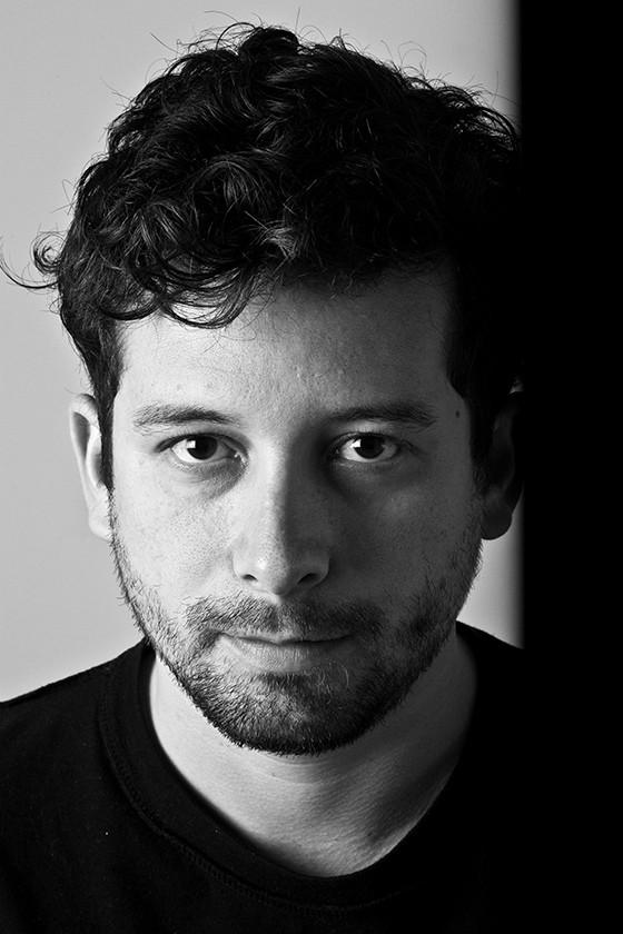 O escritor carioca João Paulo Cuenca (Foto: © Jorge Bispo)