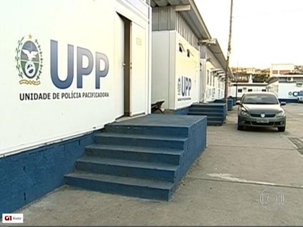Bope monta base provisória para auxiliar UPP do Alemão (Foto: Reprodução / TV Globo)