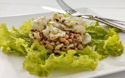 Salada de bacalhau com feijão branco