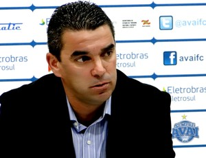 Marcelinho Paulista é o novo gerente de futebol do Avai (Foto: Alceu Atherino / Site Oficial do Avaí)