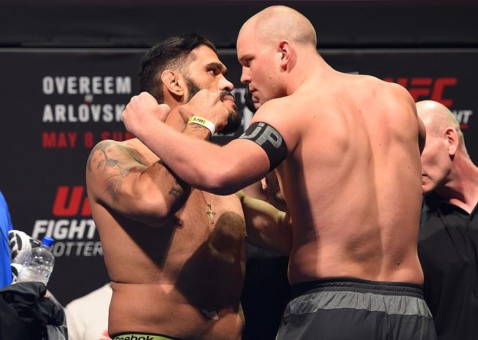 Antônio Pezão, Stefan Struve, UFC Roterdã, pesagem, MMA, encarada (Foto: Getty Images)