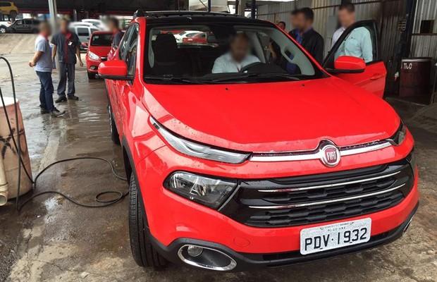 Flagra mostra Fiat Toro Freedom (Foto: Reprodução)